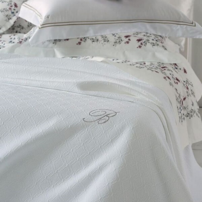 Copriletto Piquet Matrimoniale Bianco.Blumarine Copriletto Matrimoniale In Pique Delfina 74925 Lintea