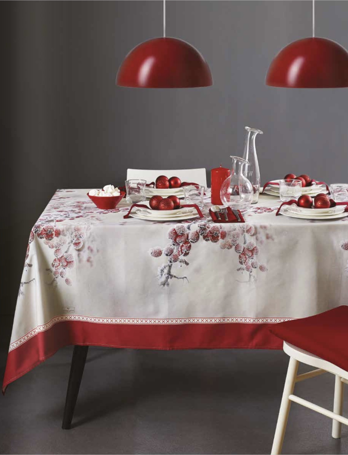 MAISON SUCREE' TOVAGLIA NATALIZIA IN COTONE HOLLY BERRY